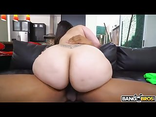 Hot Curvy babe Alycia Starr bouncing her Phat Ass on a Big Black Cock