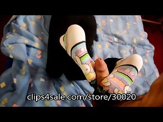 Sockjob with huge cumshot on feet fetish