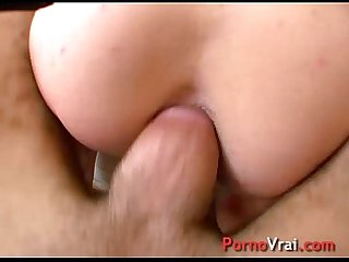 Take me by the ass! You'll make me squirt! French amateur