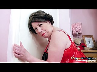 EuropeMaturE Horny Masturbation with Lava Lamp