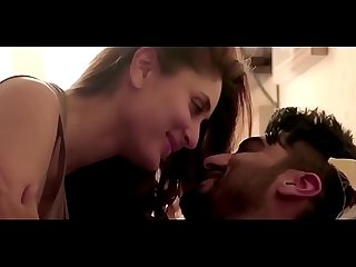 KAREENA KAPOOR AND ARJUN KAPOOR HOT SEX COMPILATION IN KI & KA