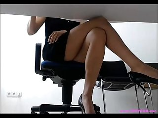 Office lady playing with ohmibod at work