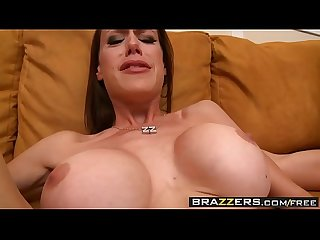 Brazzers - Milfs Like it Big - McKenzie Lee and Keiran Lee - Texas Fuck Em