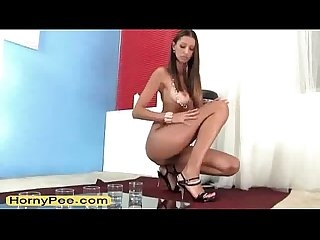 Seductive brunette euro teen kitty jane pee