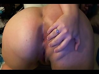 Cute nerdy emo bbw spreads her ass wide on cam