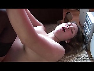 Pareja amateur haciendo porno