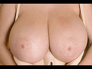 Worlds biggest tits greatest boobs and busty bigtits 2