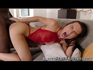 Hottie rides black dong
