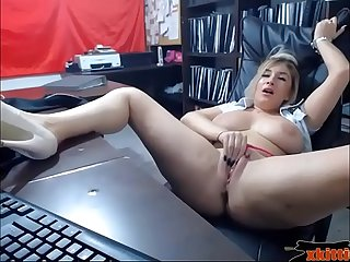 Horny blonde milf squirts all over her desk at the office